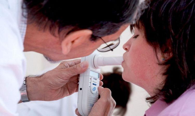 определить рак легких можно будет по дыханию пациента